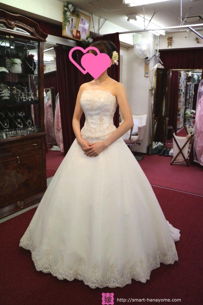 アトリエアンのウェディングドレス フローレンス