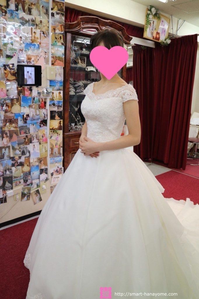 アトリエアンのウェディングドレス パルム