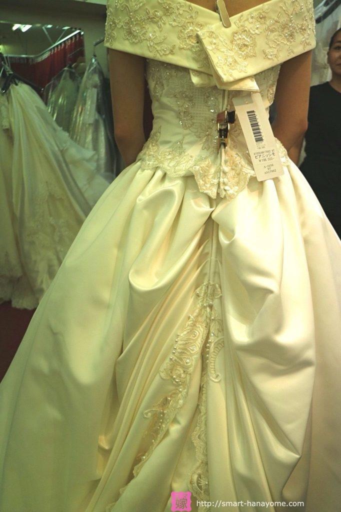 アトリエアンのウェディングドレス ピアニッシモ